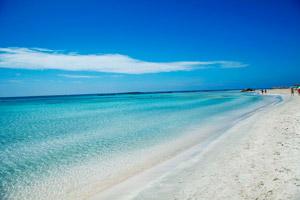 Песчаный пляж Элафониси считается одним из лучших на Крите