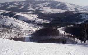 Горнолыжный курорт Абзаково известен не только в России, но и за ее пределами