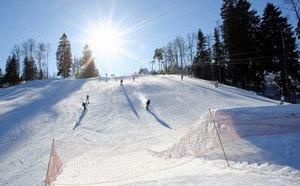 Горнолыжные курорты в Коробицыно под названиями Золотая долина, Красное озеро и курорт Снежный пользуются большой популярностью