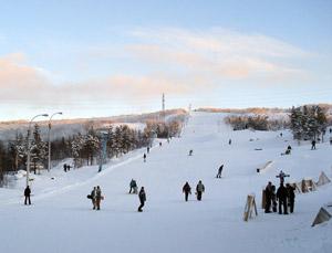 Горнолыжный курорт «Норд Стар» в Мурманске предлагает отличный отдых для всей семьи на свежем воздухе