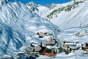 По мнению экспертов, горнолыжный курорт Сант-Антон является самым лучшим в Австрии по всем категориям