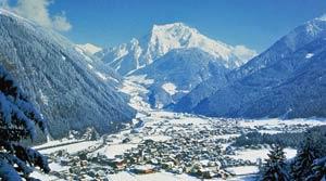 Курорт Майрхофен считается лучшим в Австрии в категории лучших сноупарков