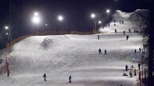 Горнолыжный клуб Гая Северина так же является одним из старейших горнолыжных курортов, находится рядом с поселком Чулково