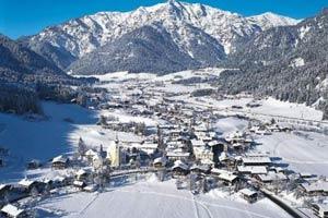 Решив отдохнуть зимой в Европе, можно смело выбирать именно Сербию и Черногорию