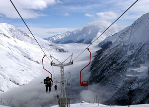 Всего на горнолыжном курорте Приэльбрусье расположено 17 трасс
