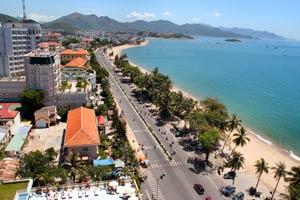 Современный вьетнамский курорт Нячанг с множеством достопримечательностей
