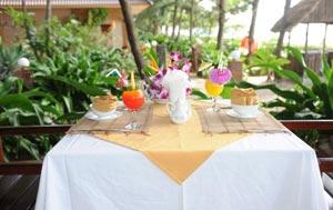 В отеле Vinh Suong Seaside Hotel 3* завтраки включены в стоимость