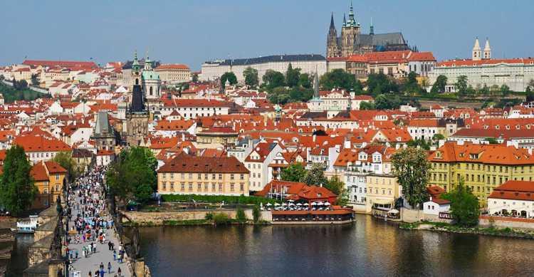 Старый Город (Старе Место) в Праге - Мостовые башни Карлова моста