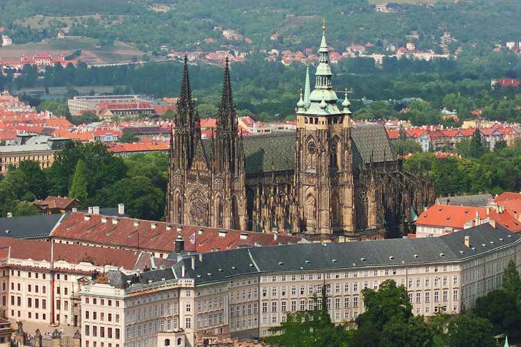 Пражский Град – самый большой средневековый замок в мире