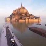 Мон-Сен-Мишель - уникальный остров-аббатство на севере Франции
