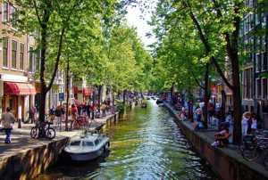 Лучшие достопримечательности Амстердама - удивительного города в Нидерландах