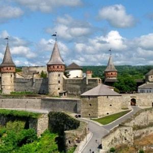 Неприступная средневековая Каменец Подольская крепость