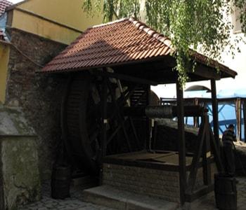 Колодец в Замке Паланок.