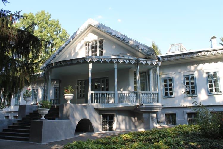 Национальный музей-усадьба Пирогова в Виннице.