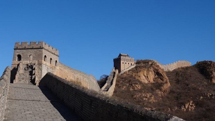 Китайская стена возле города Джиньшанлинг