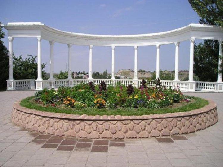 Городской парк города Гюмри – это одно из любимых мест горожан и туристов.