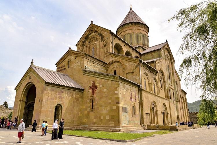 Кафедральный собор Светицховели – главная достопримечательность в Мцхете и самый древний монастырь Грузии, основанный в ІV веке.