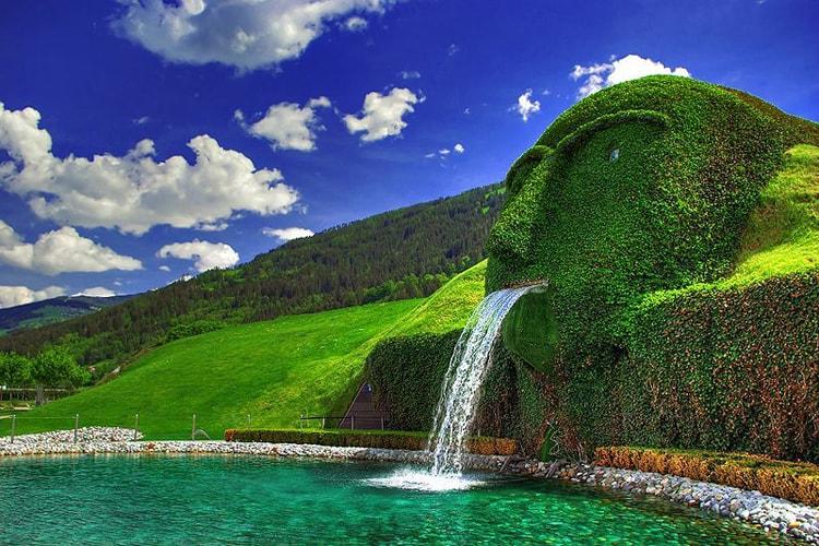 Музей Хрустальные миры Сваровски, пожалуй самая необычная достопримечательность Инсбрука.