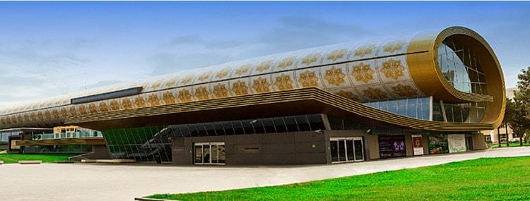 Так выглядит музей ковра в Баку