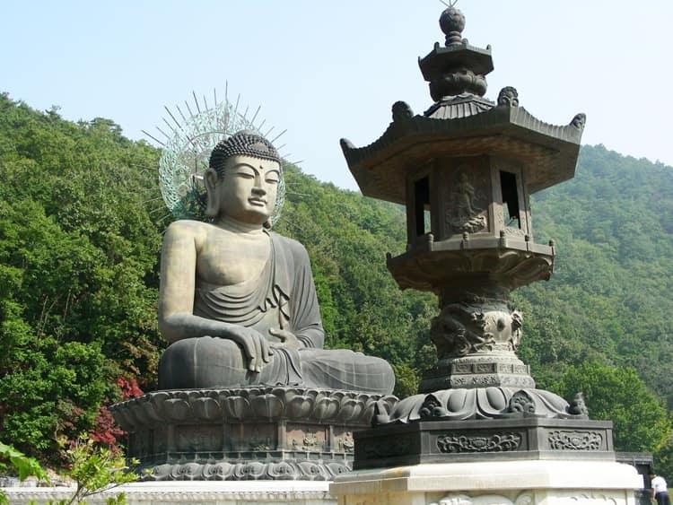 Будда и буддизм в Южной Кореи.