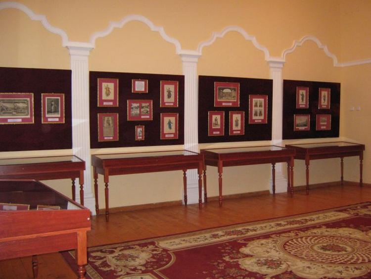 Достопримечательность Бахчисарая - музей Ларишес, полностью посвященный истории крымско-татарского народа.