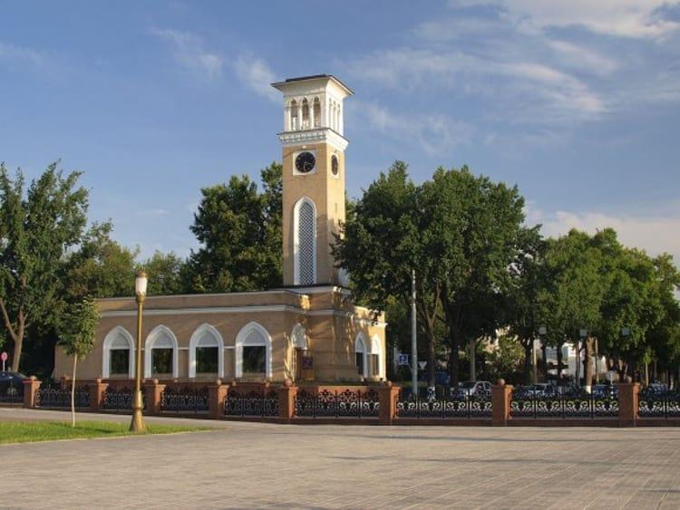 Ташкентские куранты – визитная карточка города и достопримечательность Ташкента.