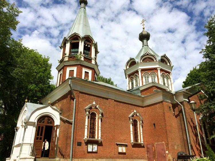 Церковь иконы «Всех скорбящих Радость», культовая достопримечательность Клина.