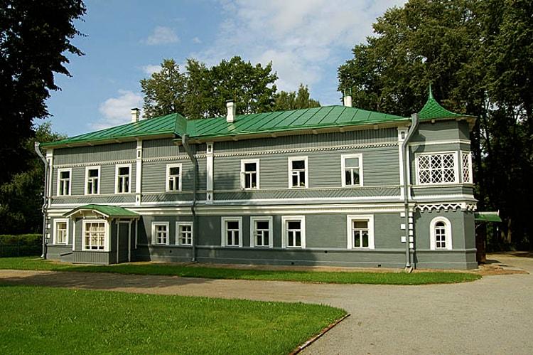 Дом-музей П. И. Чайковского музейная достопримечательность Клина.