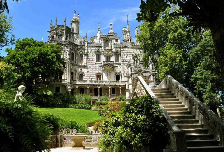 Дворец Кинта да Регалейра, изящная достопримечательность Синтры.