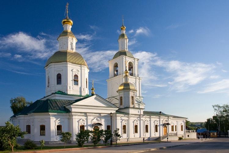 Казанская церковь Божией Матери, старинная достопримечательность Дивеева.