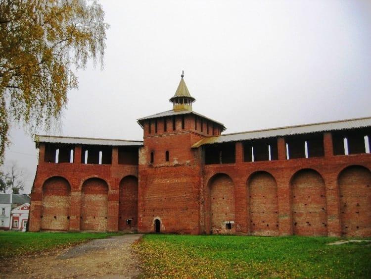 Еще одна достопримечательность – Коломенский кремль в Московской области.