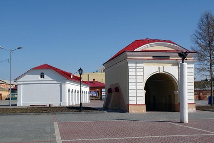 Среди главных архитектурных достопримечательностей г. Омска почетное место занимает древняя Омская крепость.