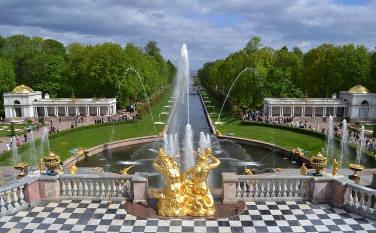 Ожерелье дворцов и парков в пригородах петербурга доклад 884
