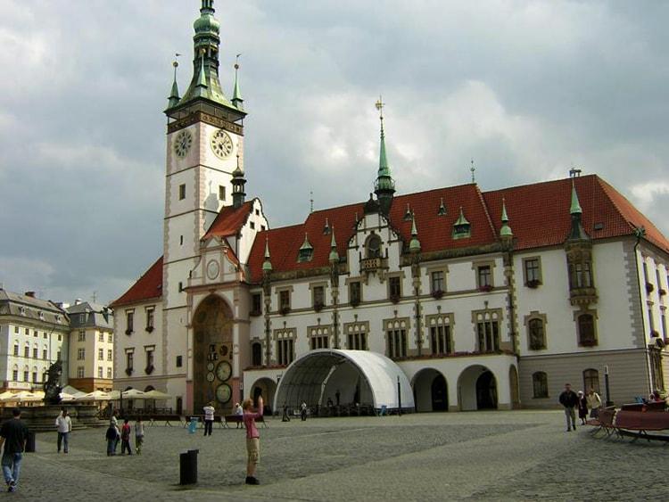 Старая ратуша, историческая достопримечательность Брно.