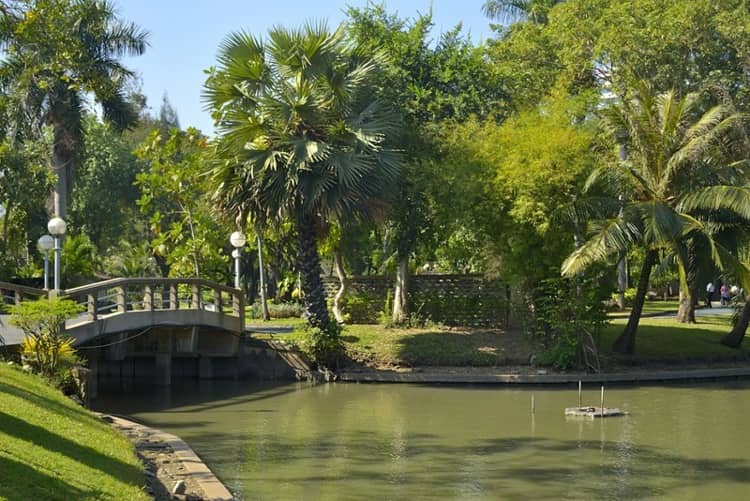 Lumpini park - самый озелененный район столицы Таиланда.