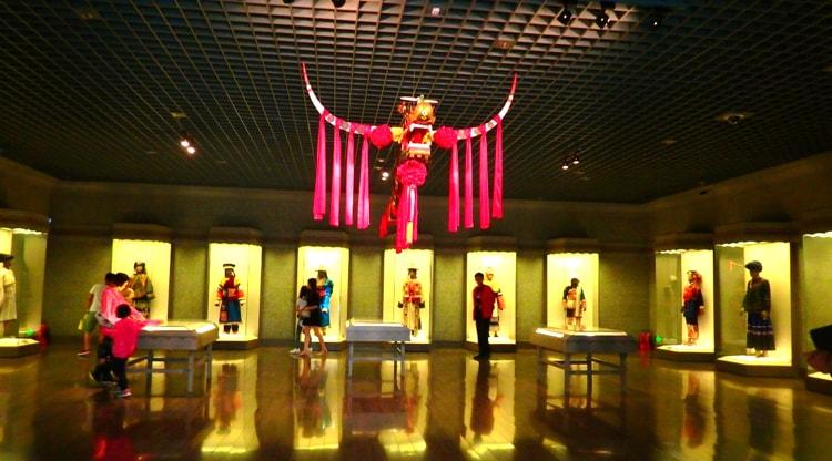 Шанхайский музей, культурная достопримечательность Шанхая.