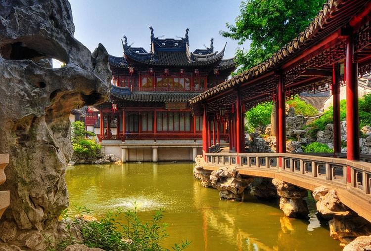 Yu Garden (Yuyuan), умиротворяющая достопримечательность Шанхая.