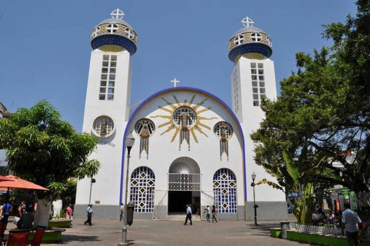 Кафедральный собор Акапулько - достопримечательности Мексики.