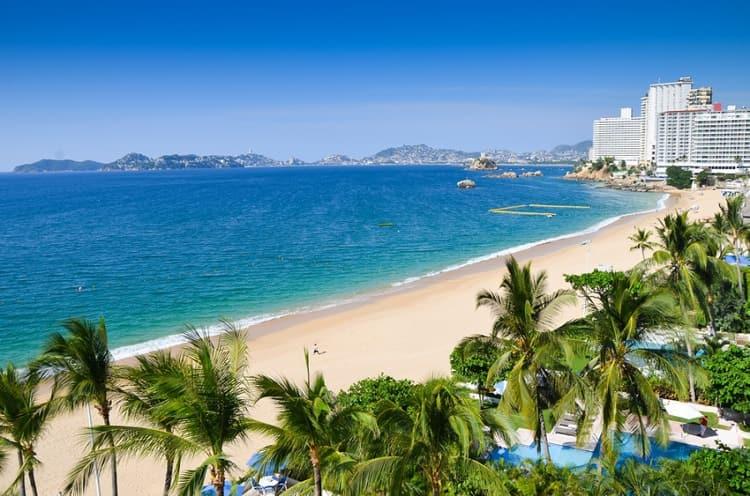 Мексиканский курорт Акапулько является самым старым и известным морским курортом Мексики.