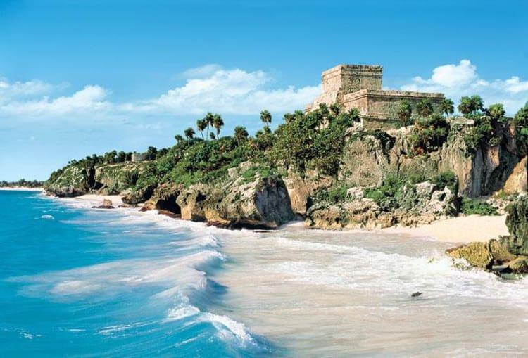 Следующий курортный город и яркая достопримечательность Мексики – Тулум.