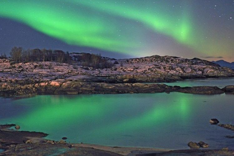 Норвегия давно считает Северное сияние национальной достопримечательностью, так что туристам здесь предлагают все возможные услуги.