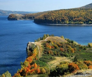 Жигулёвский заповедник — государственный природный заповедник, расположенный на Самарской Луке, в Самарской области.