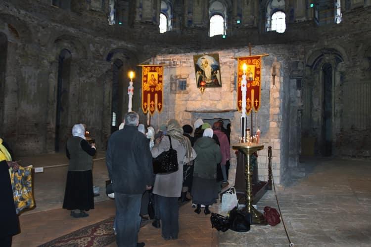 Часовня Гроба Господня находиться в Иерусалиме в храме гроба господня