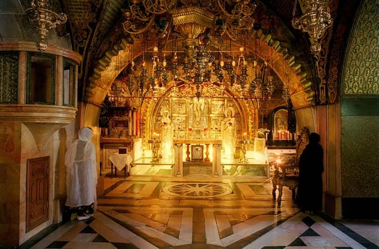 Храм Гроба Господня построен на месте Голгофы