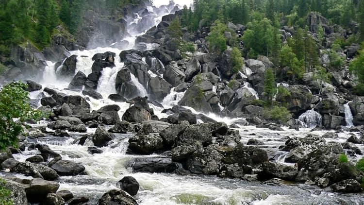 Алтайский заповедник и его достопримечательность - Каскадный водопад Учар