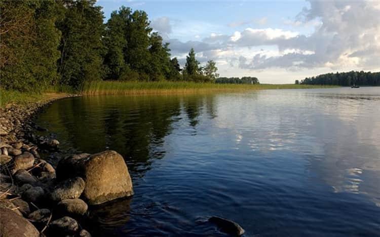 Озеро Сайма– самый крупный источник питьевой воды в Финляндии и достопримечательность города