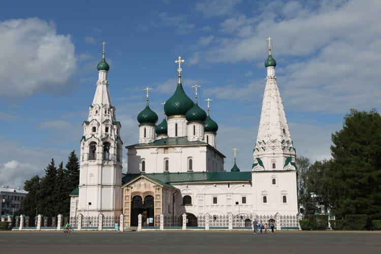 Церковь Ильи Пророка находиться в ярославском музей заповеднике
