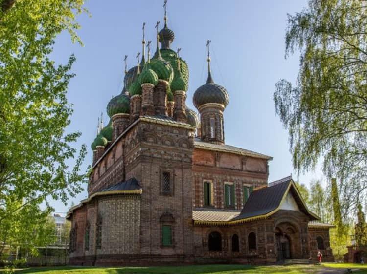 Церковь Иоанна Предтечи в ярославском музей заповеднике считается самой большой культовой постройкой