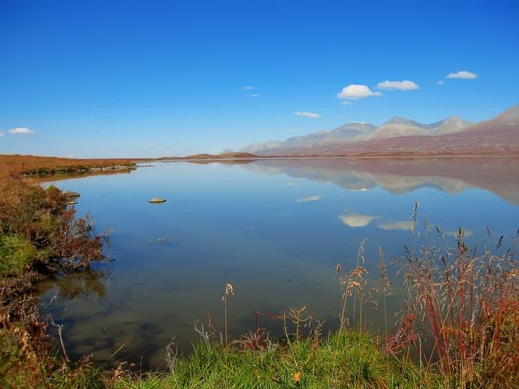 Алтайский заповедник и его достопримечательность - Высокогорное озеро Джулукуль