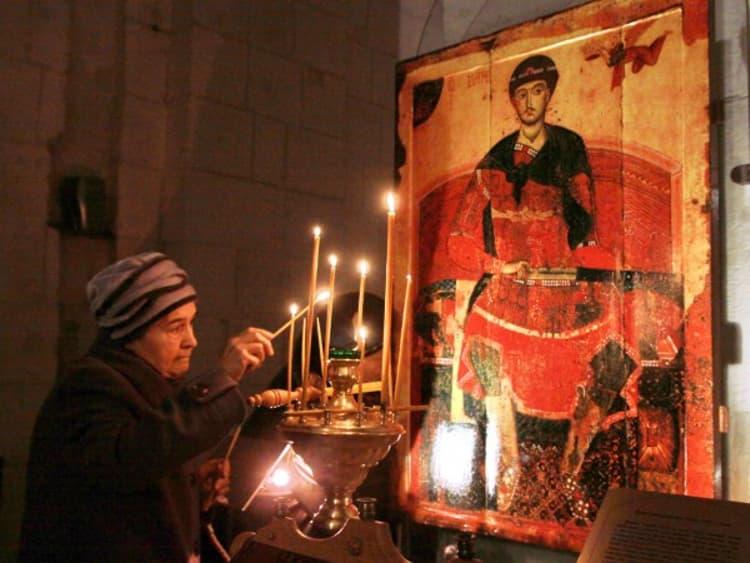 Дмитриевский собор и его самая известная икона святого мученика Дмитрия